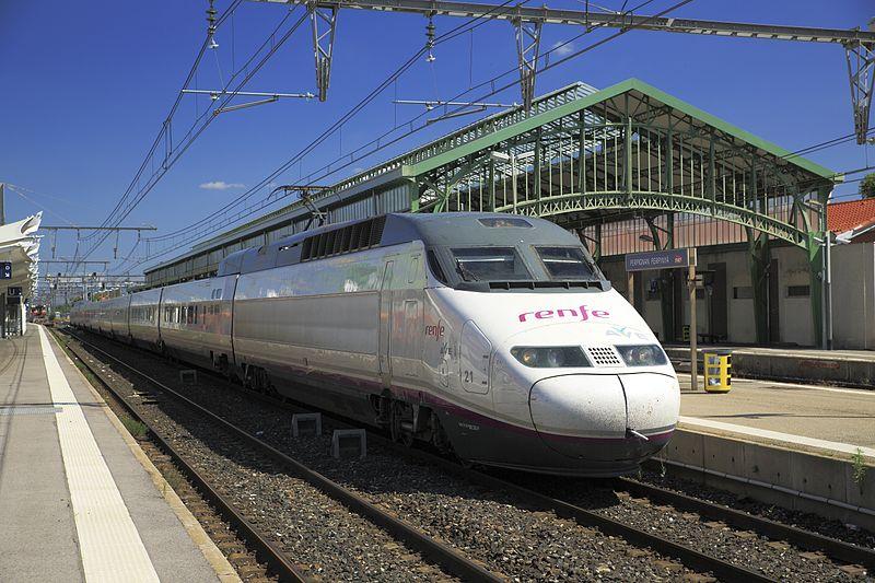 Paris Zug Und Hotel Gunstig