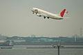 JAL B737-846(JA302J) take off @HND RJTT (1315953570).jpg