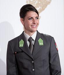 Janine Flock Gala Nacht des Sports Österreich 2015.jpg