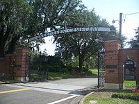 Jax FL Evergreen Cem entr01.jpg
