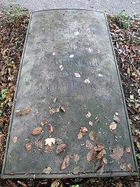 Jena Johannisfriedhof Griesbach.jpg