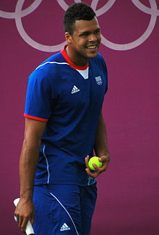 Jo-Wilfried Tsonga on the practice court.jpg
