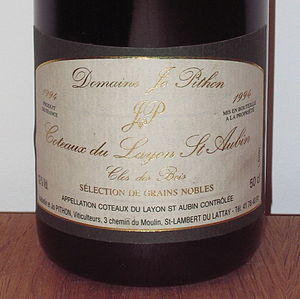 Wine label - A bottle of wine from Coteaux du Layon: Clos des Bois Sélection de Grains Nobles 1994 by Jo Pithon
