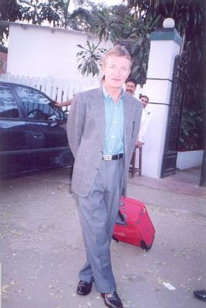 Pat Eddery - Eddery at Mahalaxmi Racecourse in 2000