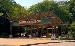 John Ball Zoological Garden - Entrance to John Ball Zoo.