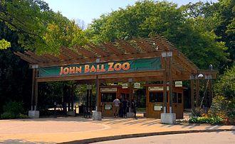 John Ball Zoological Garden - Entrance to John Ball Zoo.
