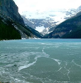 Kanada-Alberta-Banff National Park-Lake Louise.jpg