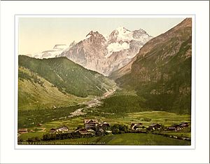 Kandersteg - Photochrome postcard showing Hotel Victoria and Kandersteg