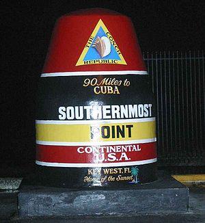 Monument på Key West som markerar den sydligaste punkten i det kontinentala USA, den s.k. Southernmost point.