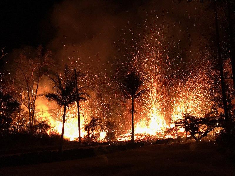 File:Kilauea eastern rift zone fissure eruption May 2018.jpg