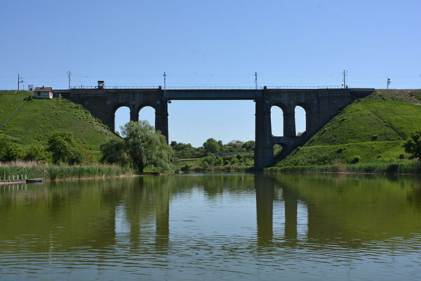 Залізничний міст через річку Інгул, Кіровоград, © Наталія Шестакова, CC-BY-SA 4.0