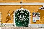 Klagenfurt Innere Stadt Waagplatz 3 Wohn-und Geschäftshaus Portal 13082018 6144.jpg