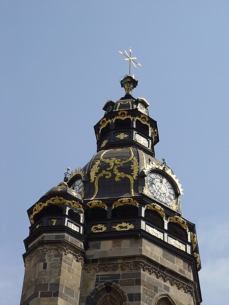 Súbor:Kosice - St. Elisabeth Cathedral - North tower.JPG