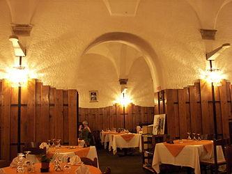 L'eau Vive restaurant, Rome.jpg
