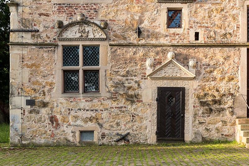 File:Lüdinghausen, Burg Lüdinghausen -- 2016 -- 3588.jpg
