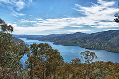 Lake Eildon late 2011.jpg