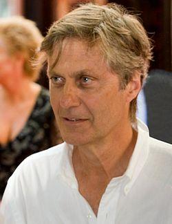 Lasse Hallström.jpg