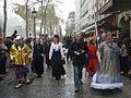 Le cortège du Carnaval des Femmes, Fête des Blanchisseuses de la Mi-Carême 2011 passant devant le parvis du Centre Pompidou à Paris.JPG