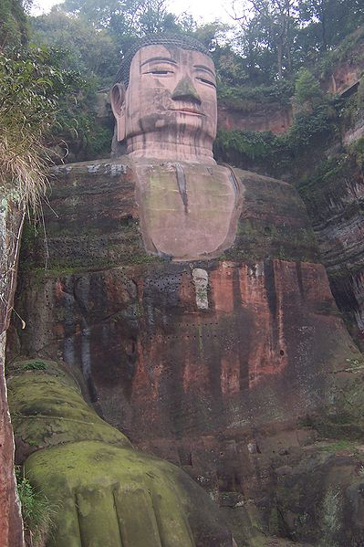 Superstructures - Le grand Bouddha 399px-Leshan_DaF0_Grand_Buddha