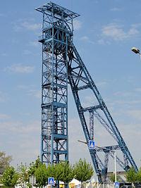 Liévin - Fosse n° 1 - 1 bis - 1 ter des mines de Liévin, puits n° 1 bis (H).JPG