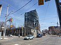 Looking east at a new residential building at King and Parliament, 2014 04 10.JPG - panoramio.jpg