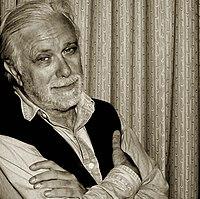 Luciano De Crescenzo - foto di Augusto De Luca.jpg