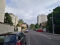 Lyon 8e - Rue Volney direction sud (mai 2019).jpg