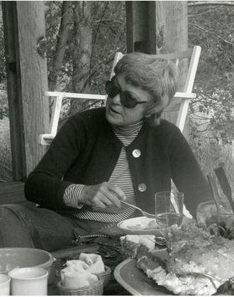 Maggie Baylis - Portrait of Maggie Baylis