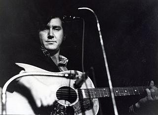 Phil Ochs American singer and songwriter