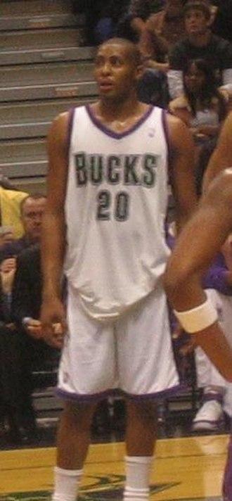 Jamaal Magloire - Magloire with the Bucks in 2006