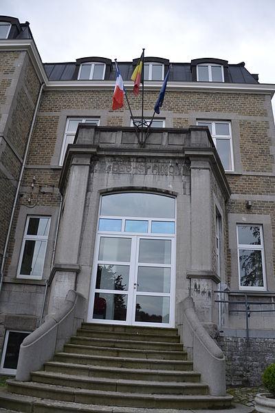 Entrée de la salle du Conseil de la maison communale de Sprimont