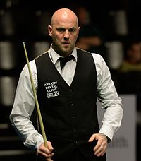 Mark King at Snooker German Masters (DerHexer) 2015-02-04 02.jpg