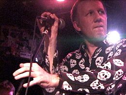 Mark Perry of Alternative TV performing at CBGB, NYC on 22 October 2003.jpg