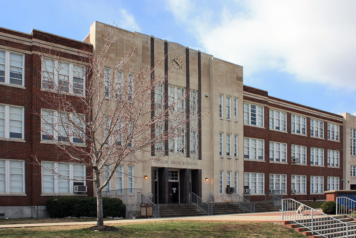 Martin Luther King Magnet at Pearl High School - Wikipedia