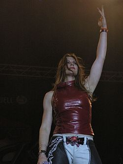 Masters of Rock 2007 - Floor Jansen - 13.jpg