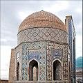 Mausolée octogonal (Shah-i-Zinda, Samarcande) (6012105558).jpg