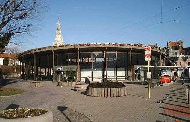 Saint-Guidon/Sint-Guido metro station
