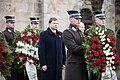 Ministru prezidents Valdis Dombrovskis piedalās svinīgajā vainagu nolikšanas ceremonijā Rīgas Brāļu kapos (8174998220).jpg