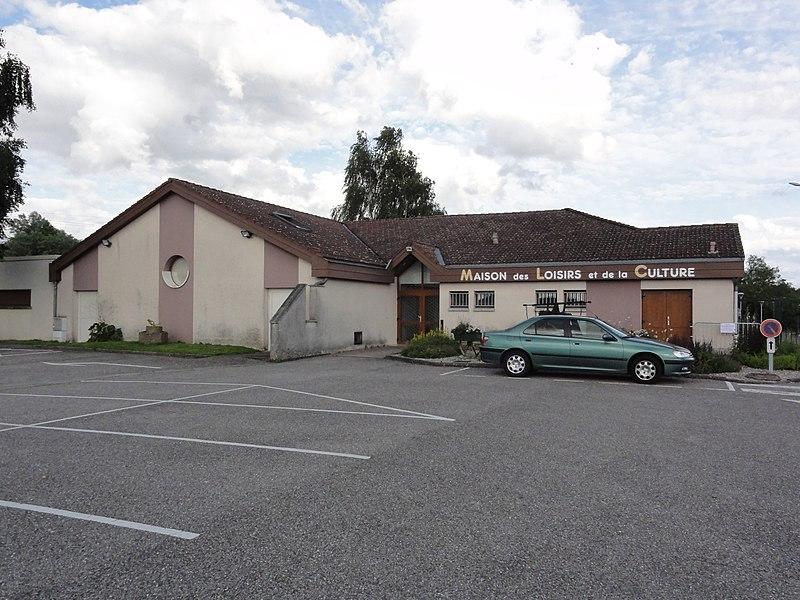 Moncel-lès-Lunéville (M-et-M) maison de loisirs et de la culture