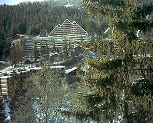 Crans-Montana - Resorts and ski lodges in Montana village