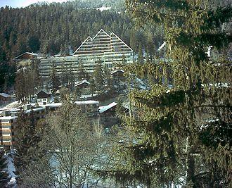 Crans-Montana - Resorts and ski lodges in Montana village