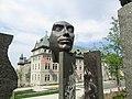 Monument in Old Quebec (27099528820).jpg