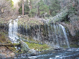 Shasta Springs - Image: Mossbrea Falls All Sections