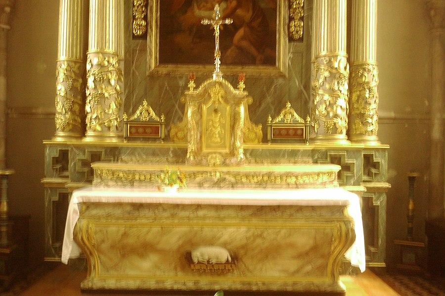 Maitre autel classé de l'Église Saint-Germain de fr:Moyon