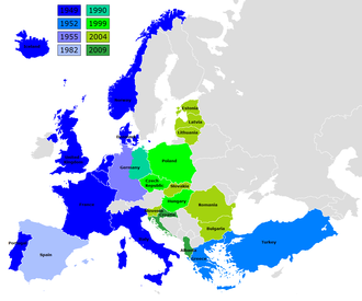 Expansion of NATO before and after the collapse of communism throughout Central and Eastern Europe NATO expansion.png