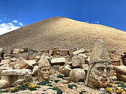 Nemrut mountain and blue sky.jpg