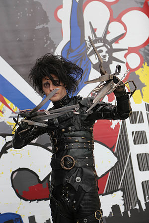Immagine New York Comic Con 2015 - Edward Scissorhands (21442118814).jpg.