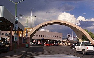 Nogales-Grand Avenue Port of Entry - Nogales-Grand Avenue Border Inspection Station as seen from Mexico