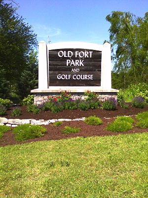 Old Fort Park and Golf Course - Entrance to Old Fort Park.