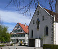 Oberteuringen Pfarrkirche und Pfarrhaus.jpg